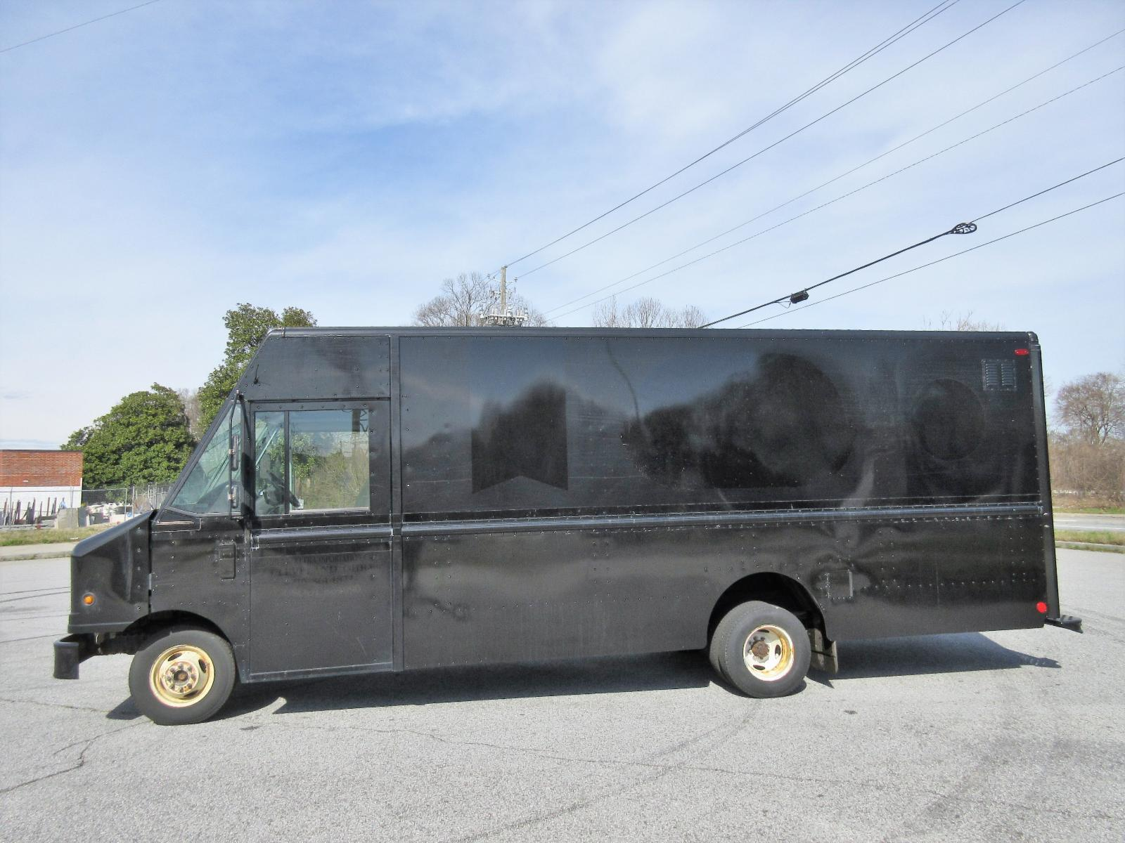 2012 Ford Step van 18ft cargo