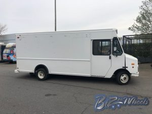 2010 Ford Step van 15ft Cargo